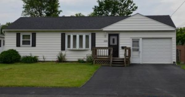 509 Skiff Dr Mattydale Ny 13211 Pinned From Www Coldwellbanker Com Real Estate Listings