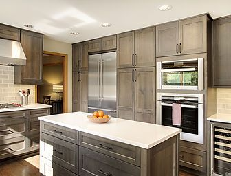 Steven Ray Construction Inc Specializes In Custom Kitchen Remodel Services In Issaquah And The Custom Kitchen Remodel Kitchen Remodel Custom Kitchen Cabinets