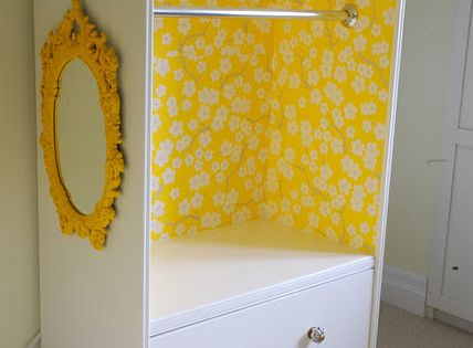Kid furniture diy! A sweet dress up closet made from an old