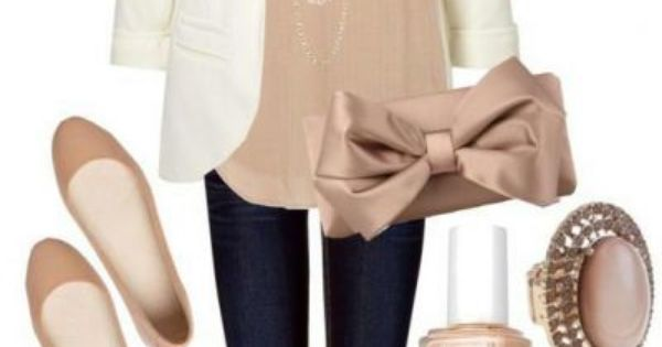 White blazer, neutral colored tank, black jeans/pants, nude flats. This is a