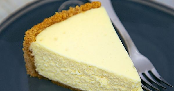 The Best Homemade Cheesecake - get the secret for the lightest and