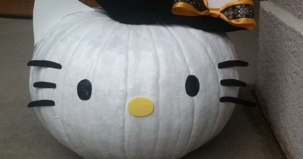 #HelloKitty witch pumpkin...I want to do a Hello Kitty Pumpkin for AlexaRaye