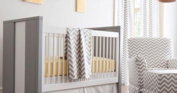 Babykamer Ideeen Grijs : Babykamer wit, grijs en geel Interieur, mooie ...