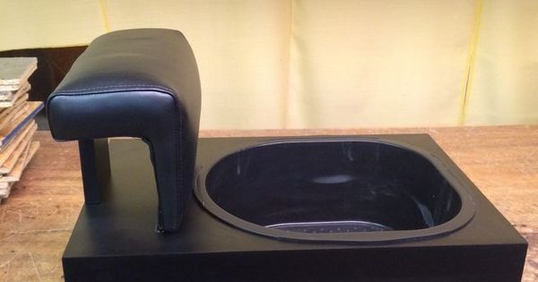 For pedicure chairs with footsie bath + 10 liners no ...