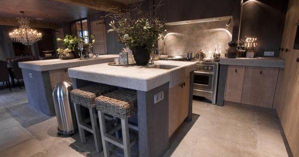 Dutch belgian interiors stoere nostalgie atelier op zolder vloeren pinterest - Redo keuken houten ...