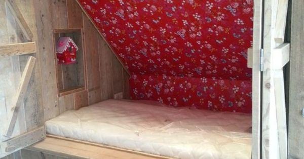 Supergave bedstee van steigerhout idee n voor het huis pinterest logeerkamers - Lay outs rond het huis ...