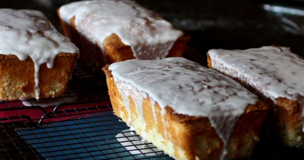 coconut cake | Loaf Cakes And Breads | Pinterest | Coconut, Cakes and ...