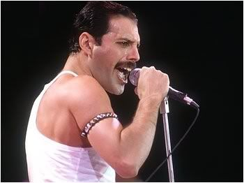 Queen It S A Kind Of Magic Video With Images Freddie Mercury Queen Freddie Mercury Mercury