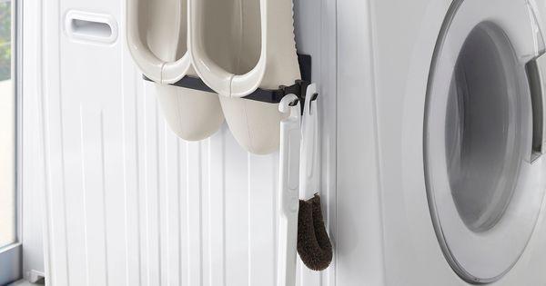 収納場所に困るバスブーツの収納に マグネットバスブーツホルダー タワー のご紹介です 洗濯機の側面に マグネットで簡単取り付け フックが付属しているのでお掃除用品なども引っ掛けて収納することが出来ます バスブーツだけで Washing Machine Home