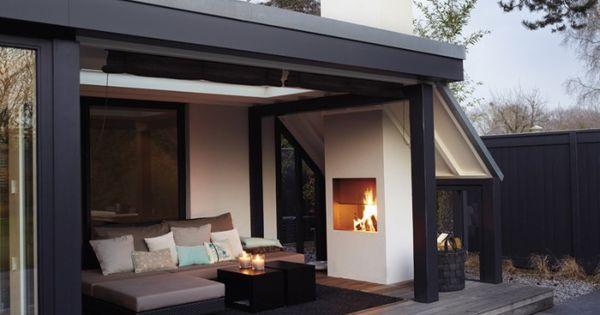 das ist doch mal eine traumveranda mit kamin und lounge. Black Bedroom Furniture Sets. Home Design Ideas