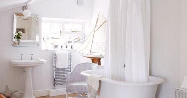 total white bathrooms  bathrooms  Pinterest  Bagni, Bagni piccoli e Bagno