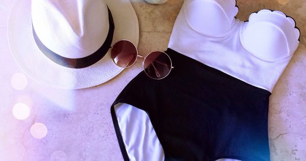 A Spoonful of Style - For the poolside. Add a good book in hand and I'm all set.- love love the vintage one piece