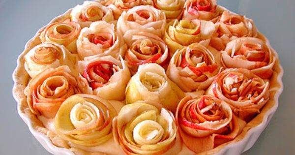 Rose Apple Pie by yoli-www.blogspot.com/ Apple_Pie Rose Very similar to other pin