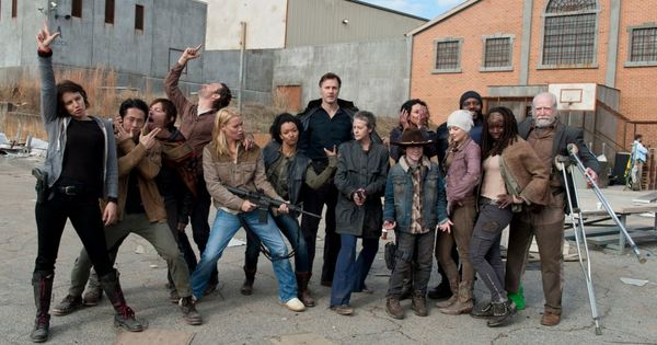 walking dead cast photos season 4 | The Walking Dead Season 3