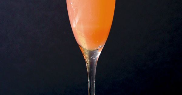 Rhubarb Fizz | Champagne, Cocktails and Sparkling Wine