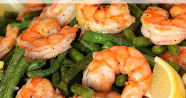 Simply Roasted Shrimp and Green Beans is a clean meal that cooks in ...