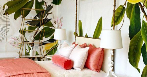 Banana Leaf Wall Paper. Palm Leaf Motif