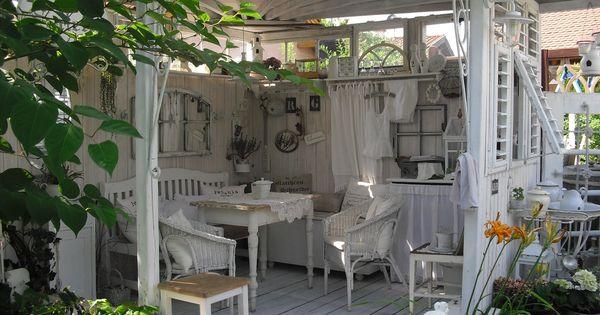 Gartenhaus perfect tea house for the back yard - Gartenhaus romantisch ...
