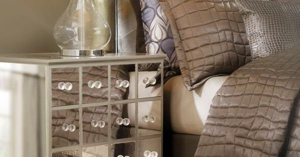 DIY drawers are covered in MirroFlex Flatsheet in the Mirror finish. Great