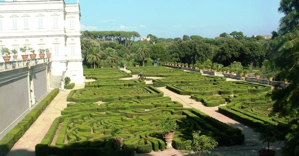 Villa doria pamphili en roma con terraza y parterres for Jardines barrocos