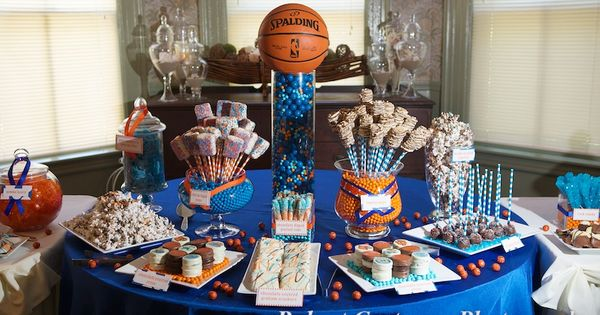 basketball candy table for a bar mitzvah party basketball bar mitzvah theme pinterest bar. Black Bedroom Furniture Sets. Home Design Ideas
