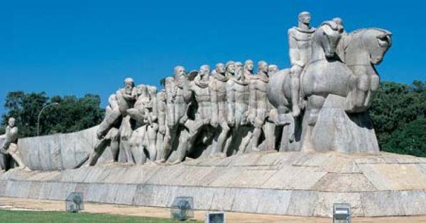 Monumento As Bandeiras Vitor Brecheret A Obra Representa Os