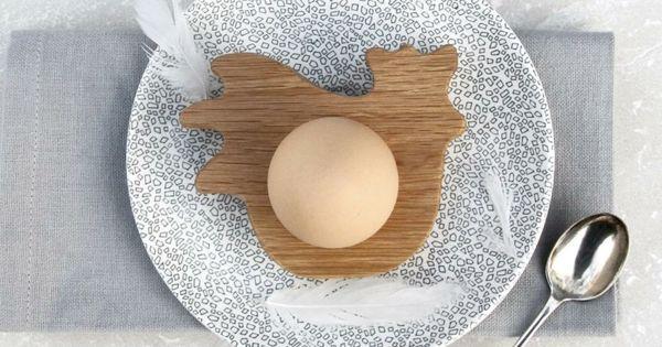lustige eierbecher holz ostergeschenke hop peck hahn. Black Bedroom Furniture Sets. Home Design Ideas