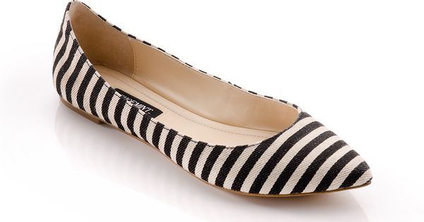 Cute black n white striped flats