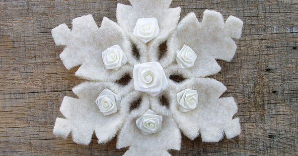Snowflake Pin by WanderingLydia, via Flickr