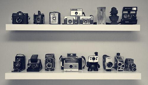 10 Inspiring Ways To Display Your Vintage Camera Collection Buy 120 Film The Photography Blog Camera Decor Vintage Camera Decor Vintage Camera