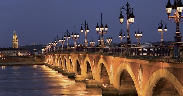 i love the old bridges in paris!!