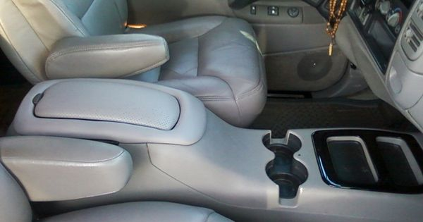Pin By 0000000000 Zavala On 1998 Chevy Truck Ideas Chevy Tahoe Interior Chevy Tahoe Chevy Trucks