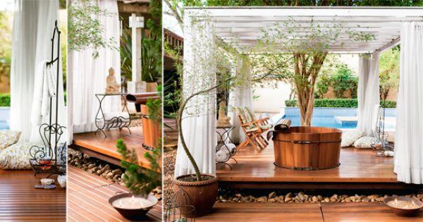 Um o sis no meio do jardim cortinas de voal ofur e tendas - Tenda da tetto oasis ...