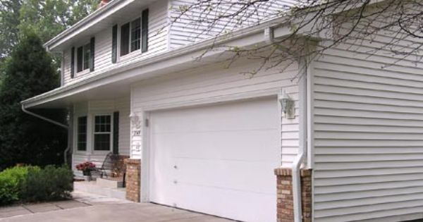 Rain Gutters And Seamless Gutter Systems In Minneapolis St Paul Mn Sela Gutter Connection How To Install Gutters House Gutters Gutters