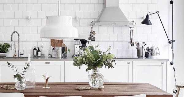 White and warm tints via kitchen pinterest eethoek keuken en deco - Idee deco keuken grijs ...