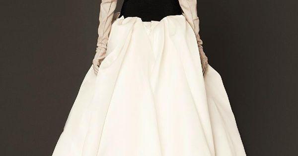 Vera wang spring 2014 bridal collection backless wedding for Backless wedding dresses vera wang