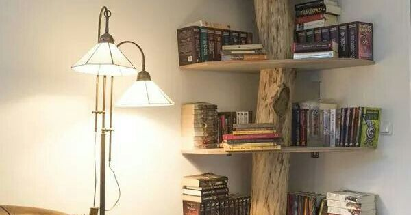 superbe biblioth que d 39 angle un tronc d 39 arbre suffit kitchen ideas pinterest. Black Bedroom Furniture Sets. Home Design Ideas