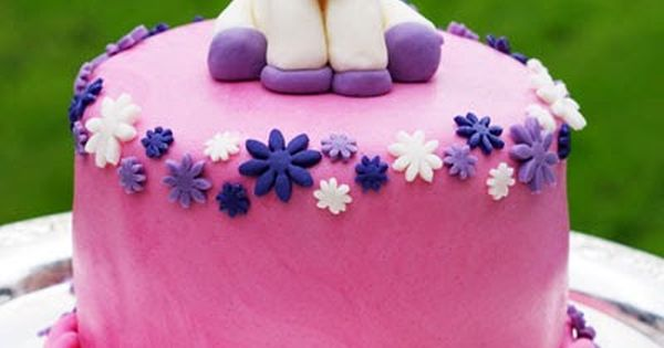 einhorn torte unicorn cake mit bunter berraschung. Black Bedroom Furniture Sets. Home Design Ideas
