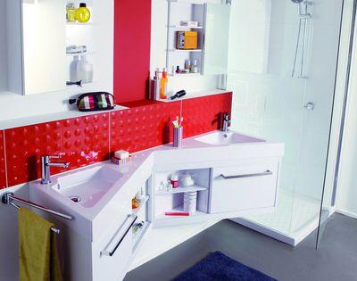 une salle de bains deux enfants mais pas de bousculade. Black Bedroom Furniture Sets. Home Design Ideas