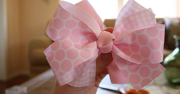 how to make bows~this is the easiest way I have found and