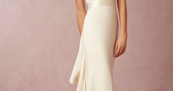 Would be a beautiful reception dress. Love the back on this. Valentina