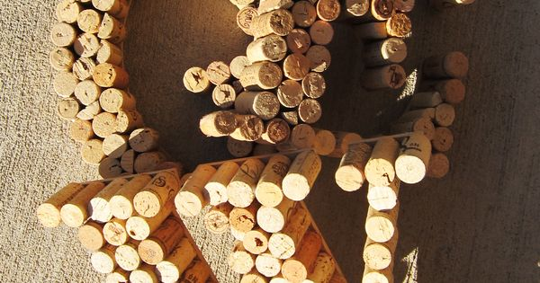 Corks! monogram letter craft ideas | Stylebaggage