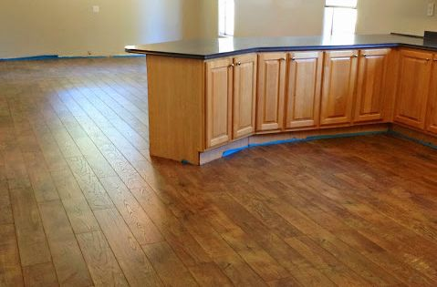 Laminate Wood Floors In Kitchen