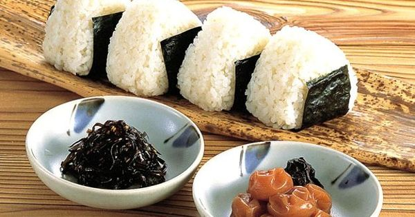 Omusubi - おむすび | ☆ Japan ☆ | Pinterest
