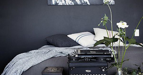 Black bedroom design bedroom decor Bed Room BedRoom| http://bedroomdesign674.blogspot.com