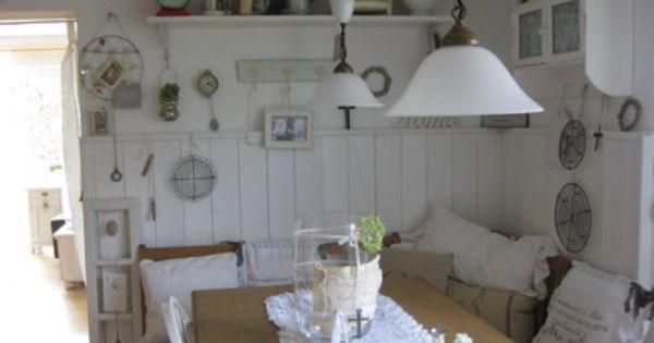 gemütlicher sitzplatz | Cosy Kitchen and lovely dishes | Pinterest | {Landhausküche skandinavisch 53}