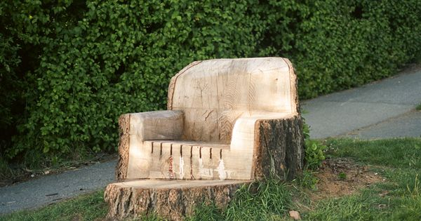 tree trunk chair What a COOL idea!!!