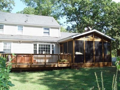 Really Like This Screened Porch Deck Combination It Would Look Really Awesome Behind My House House With Porch Porch Design Decks And Porches