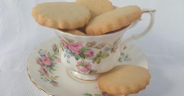 Biscuit cookies, Honey cookies and Cinnamon biscuits on Pinterest