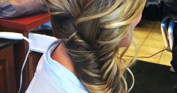 Fishtail braid wedding hair. Love this!